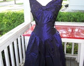 SALE now only 24.99 VintageTaffeta iridescent  80s 40s style Formal Dress