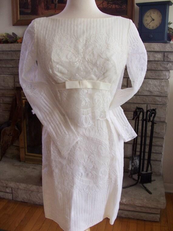 Vintage 50s 60s jackie o pinup wiggle wedding dress for Vintage pin up wedding dresses