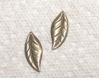 Brass Leaves In Pairs 12 Pieces 6 Pair