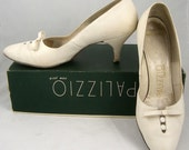 1950s ivory leather shoes by Palizzio