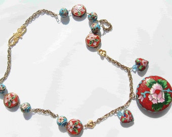 Flower Chains Necklace by Diana