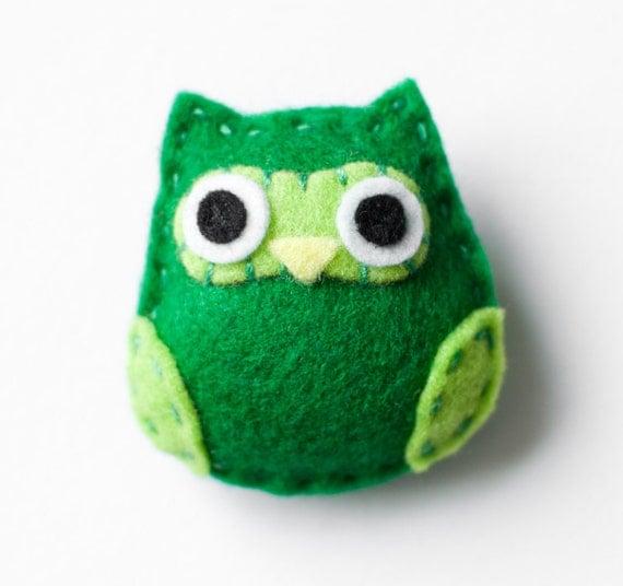 kelly green owl brooch - Petit Hibou