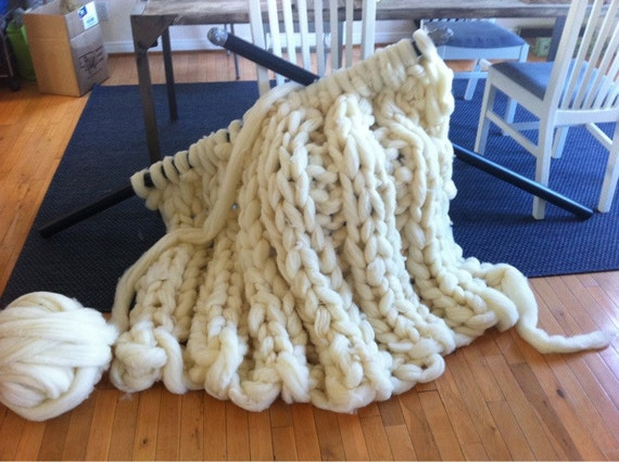Giganto-blanket PATTERN - Custom Made huge, chunky, giant hand-knit blanket made from wool roving PDF - immediate download