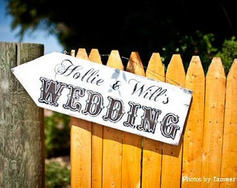 Custom Wedding Sign. Wedding Arrow Sign. Custom Name Sign. Wedding Signs. Wedding Ceremony Decor. Distressed Signs. Custom Signs.