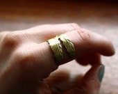 bird claw - adjustable brass ring