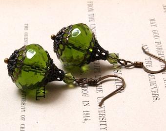 Ciambella Earrings in Olive