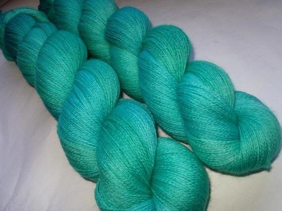 AQUA II - extra soft merino lace yarn, hand dyed / handpainted, superwash, 700yds
