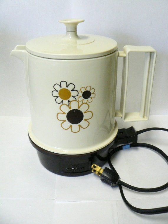 Electric Water Pot ~ Regal poly hot pot plastic electric water kettle