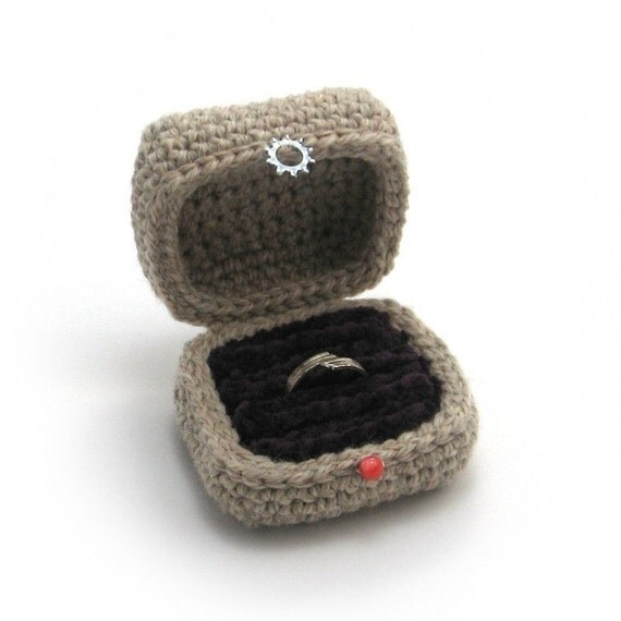 Ring Box, Crocheted in Wool and Chenille