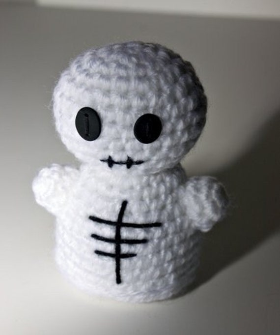 Amigurumi Wire Skeleton : Amigurumi Skeleton by NeedleNoodles on Etsy