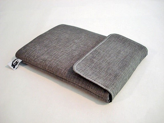 E-reader cover, Kindle case, Kindle sleeve. Fits small tablets and most E-readers -- Linen print