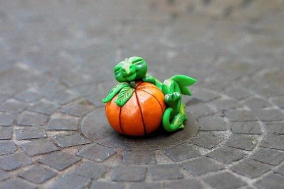 Pumpkin Hugging Myxie Dragon Pal