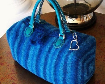 The Felted Boxey Bag .....a KNITTING PATTERN   PDF instant download