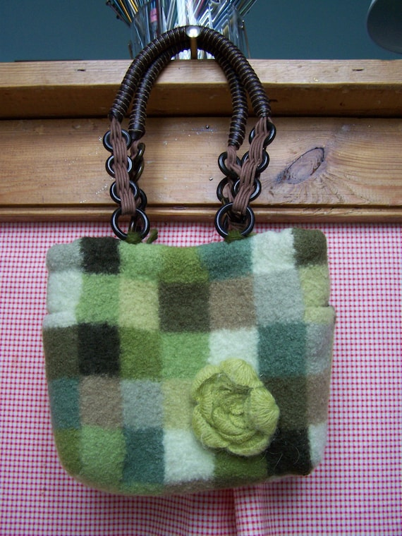 Knitting Pattern Felted Tote with Side Pockets  ( PDF instant download)