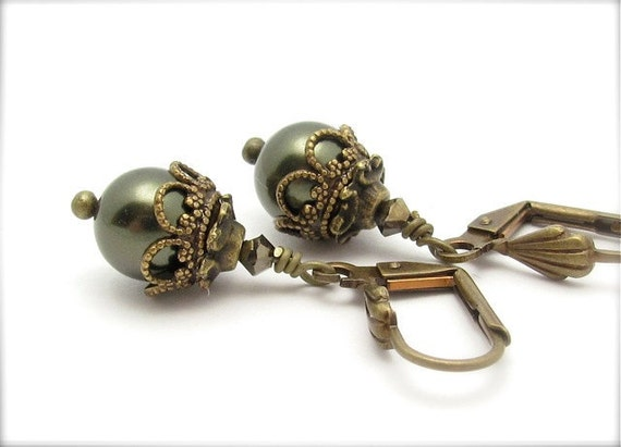 Free Shipping Ornate Earrings Golden Forrest Green Drops Swarovski Crystals Antiqued Golden Hawaii Beads