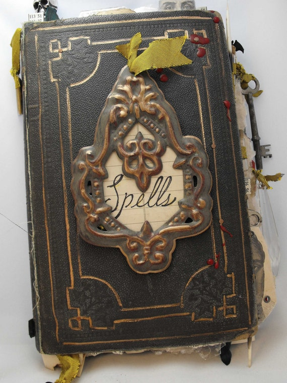 spell books creepy halloween - photo #10