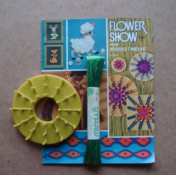 Vintage STUDIO TWELVE LOOM Flower Loom Projects INSTRUCTION