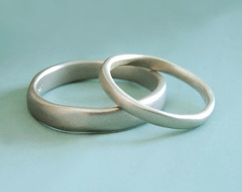 River Matte Finish Organic Shape Wedding Band in 14k Palladium White Gold, Choose a Custom Width