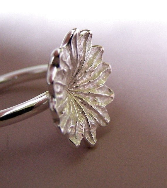 Poppy Ring in Sterling Silver - Large - Statement Ring - Cocktail Ring - Flower