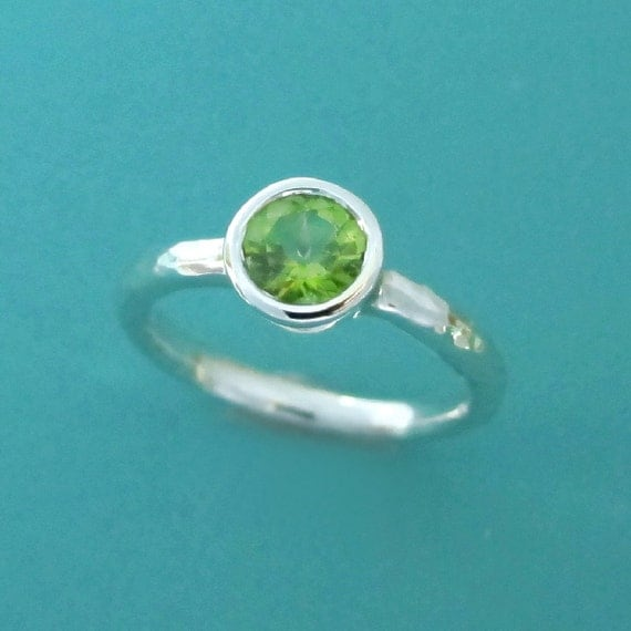 Peridot and Sterling Silver Ring with Hammered Band