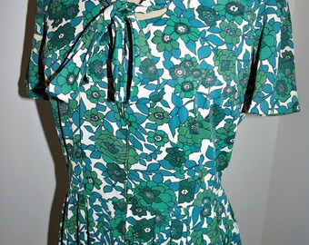 Vintage 60s Green Floral Nylon Day Dress