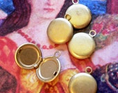 5pcs Vintage 50s TEENY TINY LOCKETS Hinged Brass