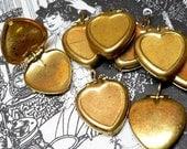10pcs 60s Vintage HEART LOCKETS Worn Brass