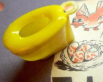 1pc Vintage 60s Tiny TOILET CHARM Plastic