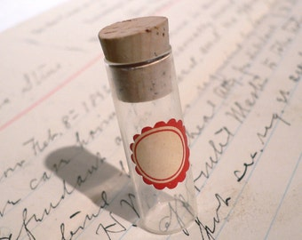 1pc SMALL GLASS VIAL 1940s Vintage Teeny Label