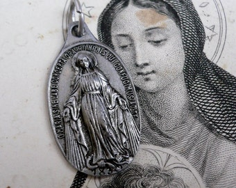 VINTAGE MIRACULOUS MEDAL 1960s French