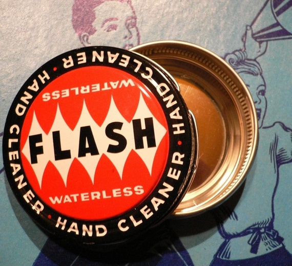 FLASH RETRO TIN Vintage 1940s Red and Shiny