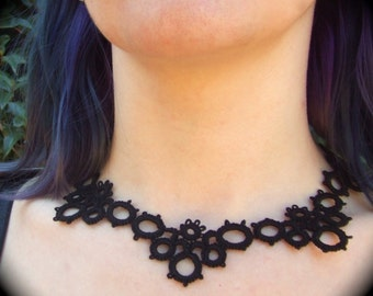 Tatted Lace Necklace - Starburst On The Horizon