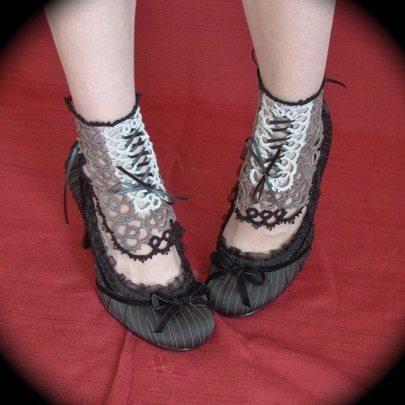 Tatted Lace Spat Ankle Corset - Black Tie