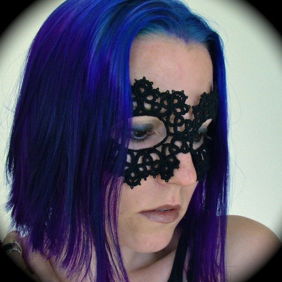 Tatted Lace Mask - Between The Stars