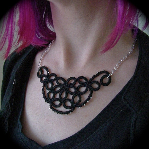 Tatted Lace Necklace - Studded Flower
