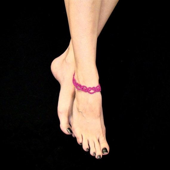 Tatted Lace Anklet - Raspberry Pink With Silver Beads
