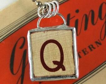 Letter Q Pendant Necklace