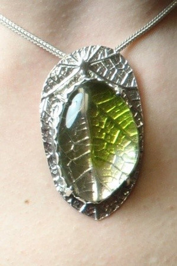 Clear and Green Fused Glass, Fine Silver and Sterling Silver Fancy Bezel Set Pendant (E-00556)