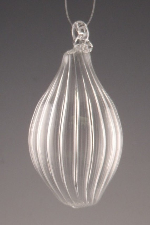 Clear Ribbed Hand Blown Glass Ornament (E-10473)