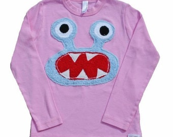 Bernard in Blue on L/S pink tee sizes2.4.6.8 S/S and baby sizes also available