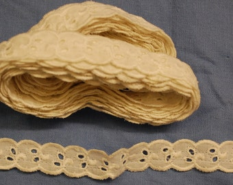 Vintage cotton ecru eyelet trim