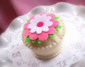 Felt Cupcake  -  PIXIE DUST  -  Felt Pretend Play Food