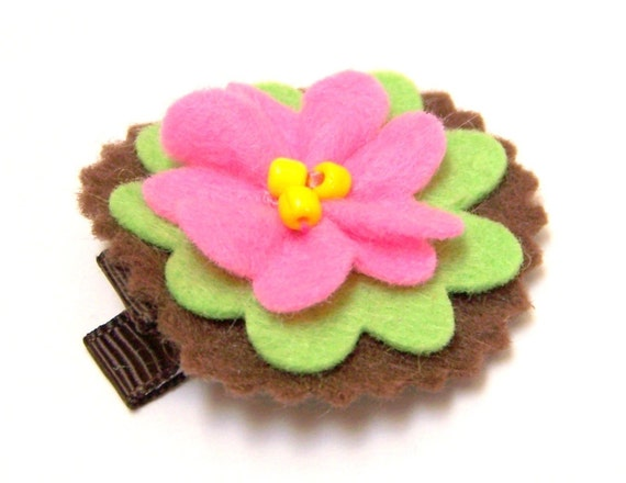 Felt Flower Hair Clip  -  Strawberry Kiwi on Chocolate