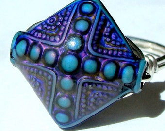 Mood Ring Color Changing Novelty Ring Wire Wrapped in Sterling Silver