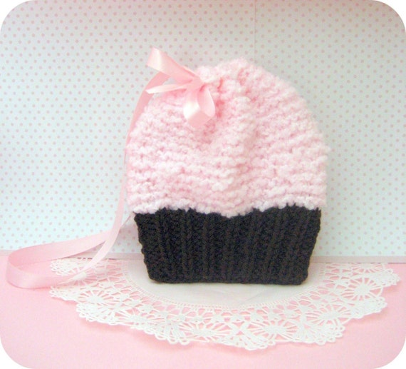 Amigurumi Knit Simple Cupcake Purse Pattern Digital Download