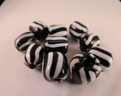 10 striped  black and white beads