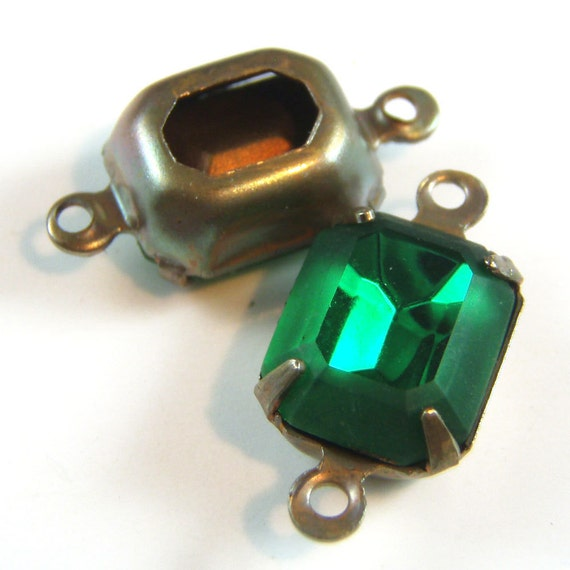 Emerald, Vintage Rhinestones, Octagon, Jewels, Patina Brass Settings, 10mm, 8mm, One or Two Ring, Glass Gems, One Pair, Worldwide Shipping