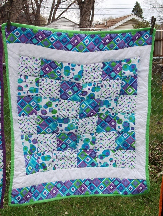Bright Geometric Squares and Dots Quilt - baby sized