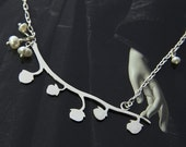 Seed pods necklace with pearls