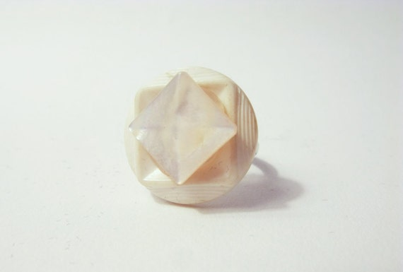 MINIMALIST GEOMETRIC MODERN: White Button Ring With Square.